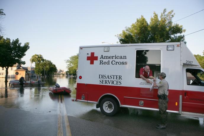 Maui Now : Maui Red Cross Volunteer To Help With Samoa