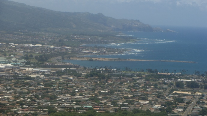 Aerial approach to Kahului Airport. File photo by Wendy Osher.