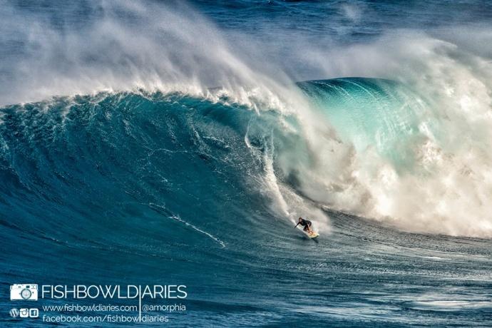 Joao Marco Maffini at Peahi (Jaws) 12/7/14 - Image: Sofie Louca / Fish Bowl Diaries
