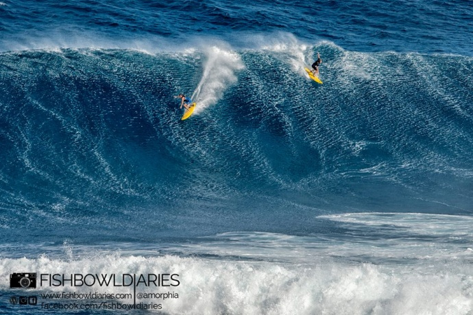 Mark Healey (going left) at Peahi (Jaws) 12/7/14 - Image: Sofie Louca / Fish Bowl Diaries