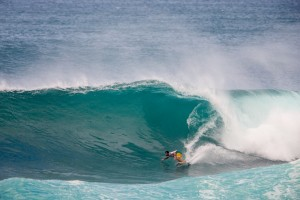 Billy Kemper competes in the HIC Pro Final. Photo courtesy of World Surf League (WSL).