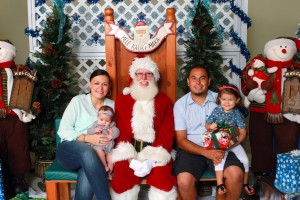 Santa at the Maui Mall. Courtesy photo: Maui Mall.