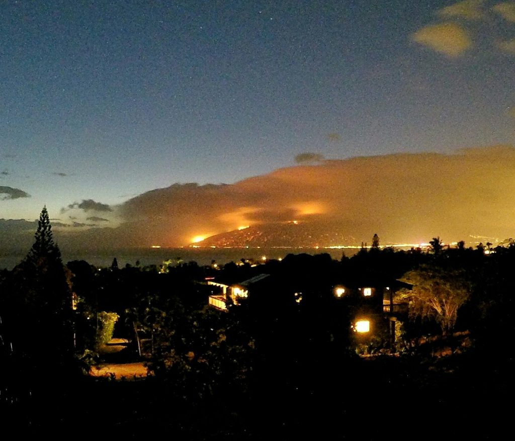 Māʻalaea fire 7/2/16 Photo credit: Ryan Smith.