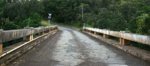 Road Paving work schedued for Manawainui.  Photo by Wendy OSHER 2009.