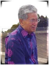 U.S. Senator Daniel Akaka during a recent visit to Maui. Photo by Wendy Osher.