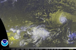 (Click to Enlarge image. Satellite Image updated at 5 p.m. HST, Sat. August 8, 2009. Image Courtesy NOAA & The National Hurricane Center)