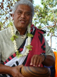 Cultural Practitioner Clifford Naeole presided over the blessing ceremony, marking the start of construction on the Honoapiilani Highway widening project that stretches one mile from Lahianaluna to Aholo Road. Photo by Wendy Osher.