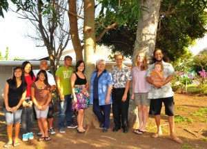 Maui Mayor Charmaine Tavares & Council Vice-Chair Michael Molina visited with several families who recently purchased their own home under the FTHBG program. L-R: Manny Visitacion and daughters Tiffany (13), Ashley (16) and Seryna (10); siblings Rudolfo Queja & Irene Queja Bala; Mayor Tavares; Councilmember Molina; Joy & Charles Au with son Makahinu, 14 mos. Photo Courtesy County of Maui.
