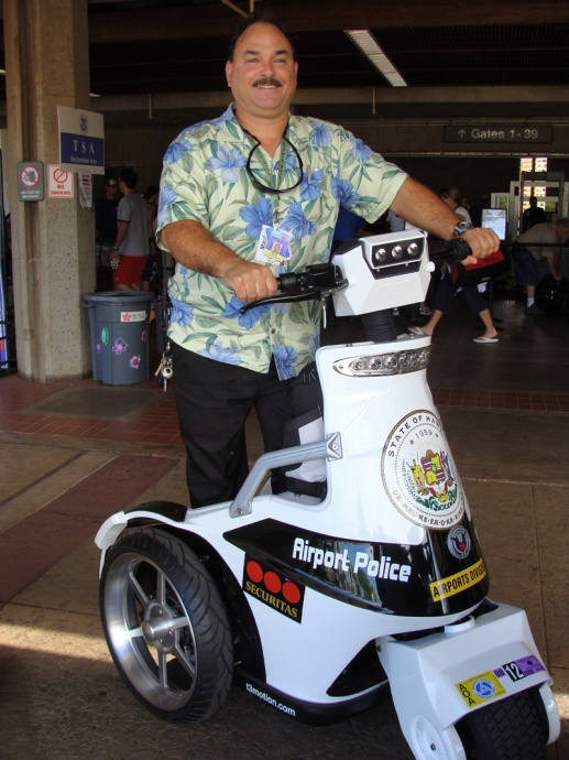 Kahului's airport manager, Marvin Moniz will give an update on projects scheduled at the Maui Facility during the next meeting of the Governor's council of neighbor island advisors.