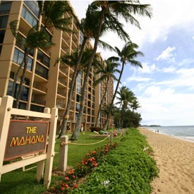 Report: Maui Hotels, Vacation Rentals Lead State