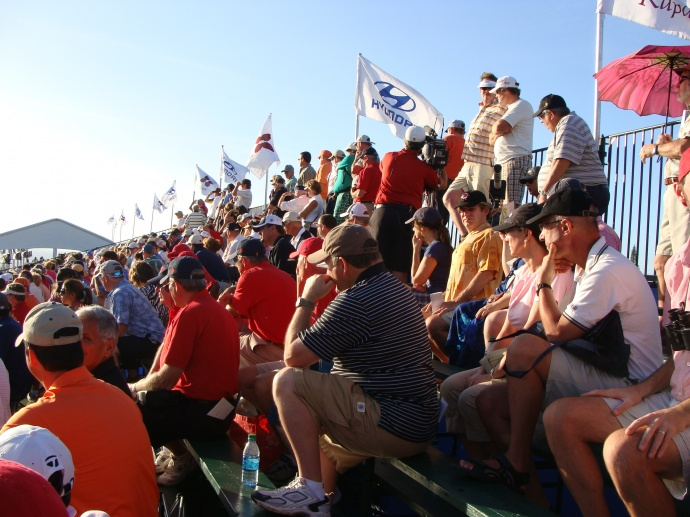 Fans Followed The Action As The 2011 Hyundai Tournament Of Champions ...