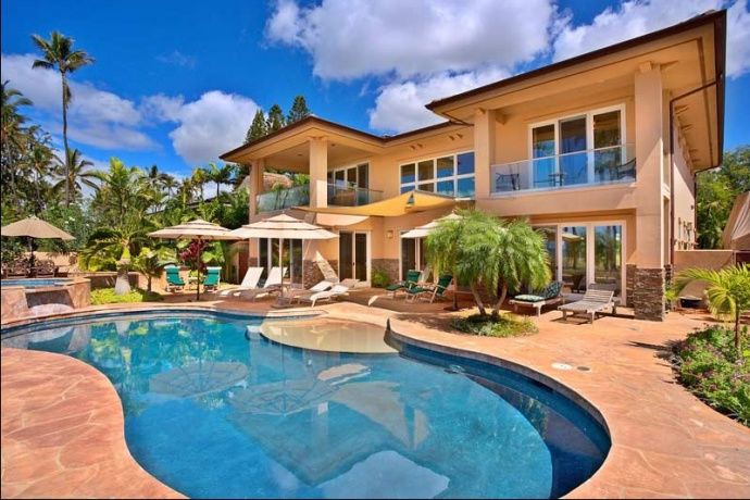 Report: Maui Tops State in Vacation Rental Supply