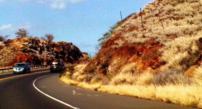 Severe drought conditions return to the leeward slopes of Maui. Photo of dry brush along the Pali section of the Honoapiilani Highway, by Wendy Osher.
