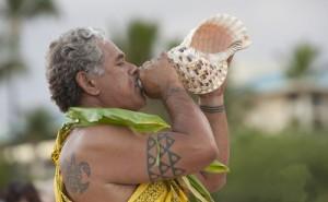 hawaiian ceremony conch native traditional