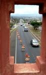 Kaahumanu Avenue single lane closure, photo by Wendy Osher.