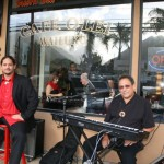 Gene Argel and Ohana band at Café O Lei.