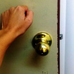 Maui residents are being warned of door-to-door scams. MauiNow.com photo.