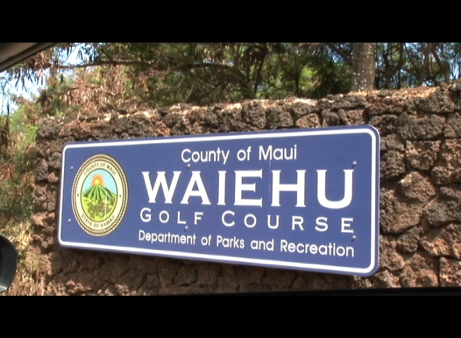 Waiehu Golf course sign. Photo by Wendy Osher.