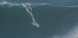 surf-garrett-mcnamara-biggest-wave-ever-90feet