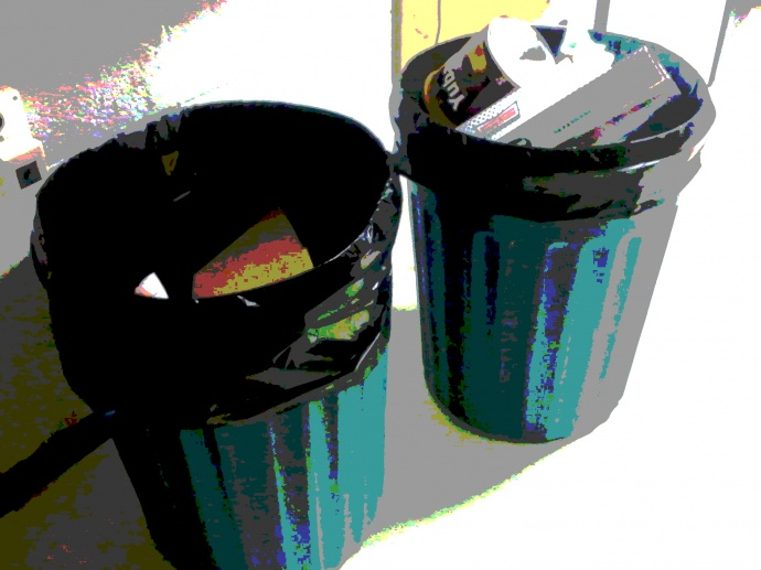 Trash. Maui Now photo/graphic.