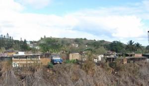 maui shanty town slum iao stream