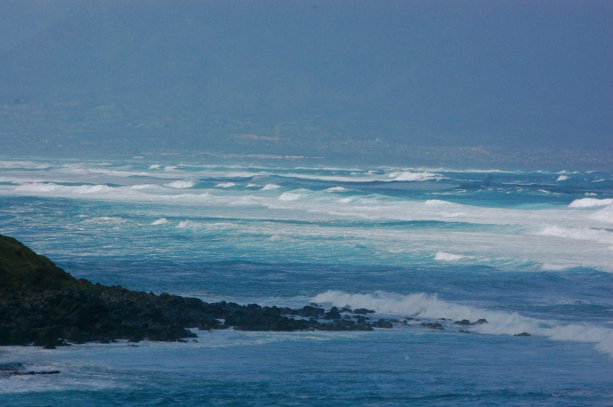 View of from Hookipa of large and messy sets on the North Shore, all the way to Kahului. File photo by Madeline Ziecker.