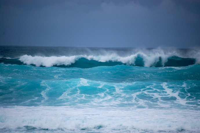 High Surf N Shores of Maui, N & W Shores of Moloka'i