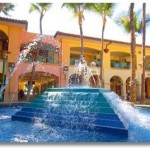 The fountain at the Shops of Wailea in the heart of the Wailea resort community. Photo courtesy of Wailea Resort Association.