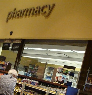 """Safeway Hawaii Pharmacies on Maui are now offering in-store flu shots on a """"walk-in"""" basis until May 2013. Photo by Wendy Osher."""