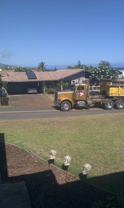 trucks-using-residential-streets-wailuku-2