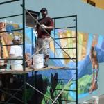 Artist Okdeh Raises New Wailuku Mural