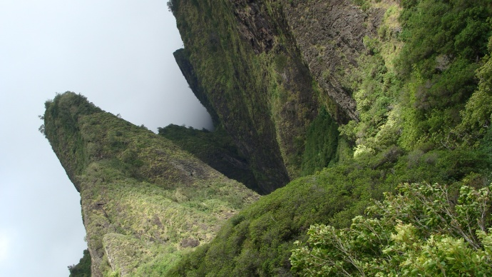 'Iao Valley, photo by Wendy Osher.