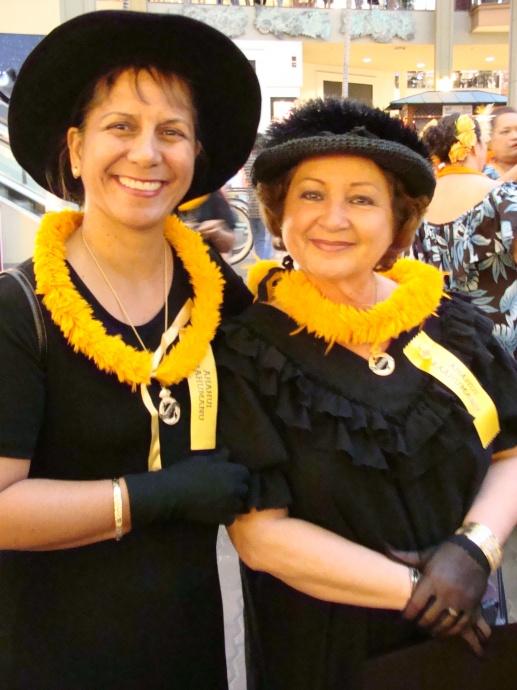 'Aha Hui Ka'ahumanu members Kehau Luuwai and Hulu Lindsey. File photo by Wendy Osher.