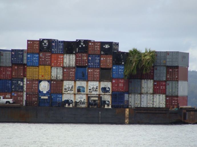 Neighbor Island barge shipment file photo by Wendy Osher.
