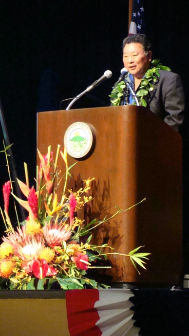 Mayor Alan Arakawa delivering his 2013 State of the County Address. Photo by Wendy Osher.