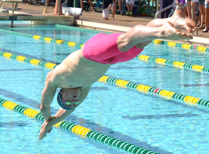 Seabury Hall's Renny Richmond at the start of the 200 IM Saturday at the Kihei Aquatics Center. Photo by Rodney S. Yap.
