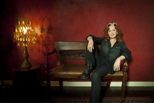 Bonnie Raitt. Photo credit: Marina Chavez