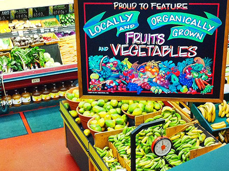 Down to Earth, Kahului, produce section. Courtesy photo.
