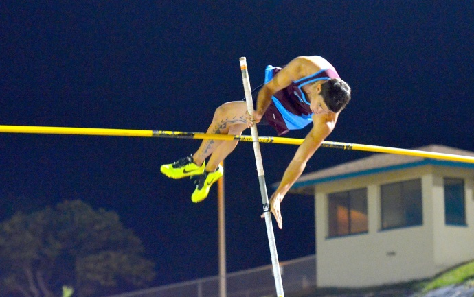 Baldwin High School's Tyler Feiteira en route to winning the boys pole vault in 13 feet, 3 inches Friday at the Satoki Yamamoto Track and Field Facility. Photo by Rodney S. Yap.