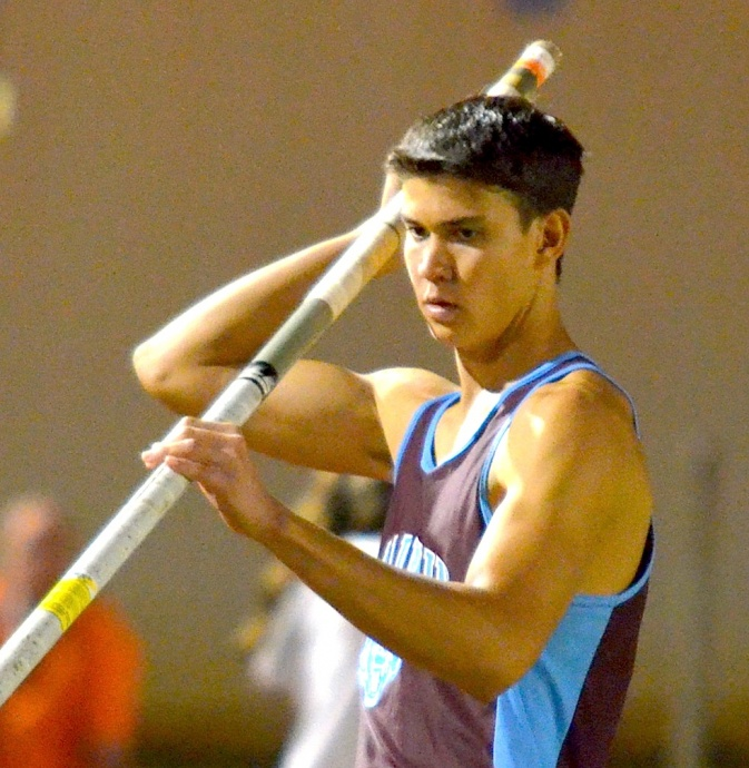 Baldwin's Tyler Feiteira finished third in the state last year with a personal best of 13-6. Photo by Rodney S. Yap.