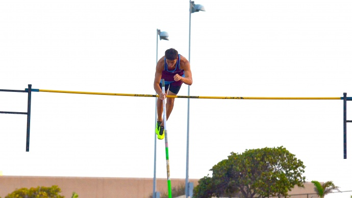 Baldwin's Tyler Feiteira cleared 14 feet, 1 inch, the state's best jump, in the boys  pole vault at the Victorino Ohana Invitational Saturday.  Photo by Rodney S. Yap.