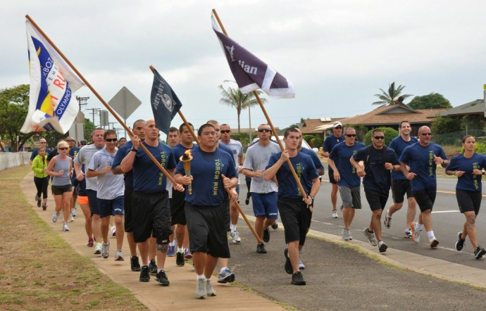 Maui Torch Run Participants. Photo courtesy County of Maui, Lois Whitney.