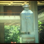 Honolulu state capitol entrance. File photo by Wendy Osher.