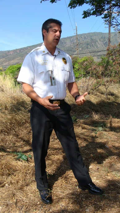 Maui Fire Chief Jeffery Murray speaks to the media about the rash of fires under investigation.  Photo by Wendy Osher.