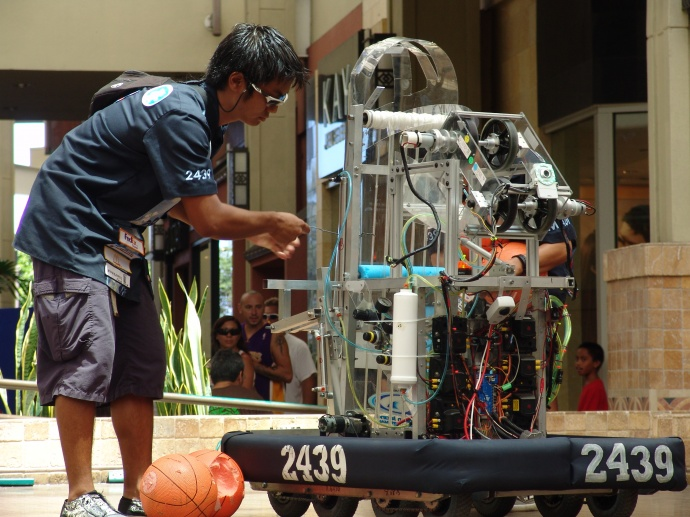 Learn all about electricity at the Maui Electric Energy Fair on August 24. Featuring various interactive displays, the event will also showcase robotic demonstrations by Baldwin and Maui High School students. Courtesy photo MECO.