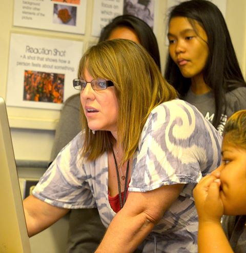 Maui Waena Intermediate teacher Jennifer Suzuiki working with students. Courtesy photo.