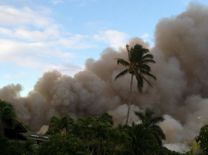 Cane burning 9/23/13, Kahului side of Baldwin Ave. Photo courtesy Valerie Toro.