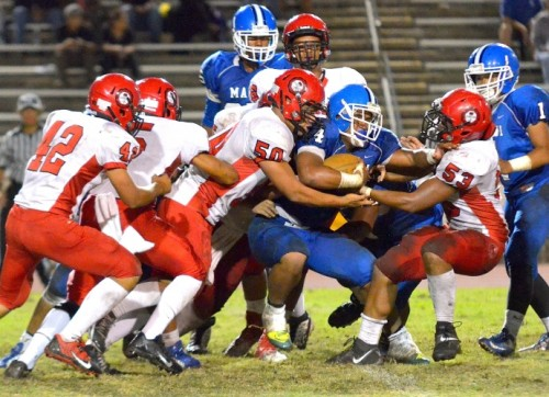 Lahainaluna's defense puts the clamps on