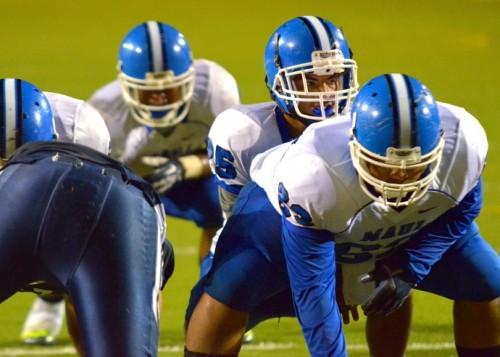 Maui High junior quarterback Justin Carvalho led the Sabers' offense over Kamehameha Maui on Saturday. Photo by Rodney S. Yap.