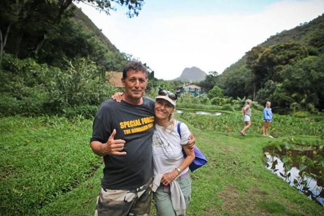 Oliver Dukelow and Hannah Bernard. Photo courtesy Maui Ocean Center.